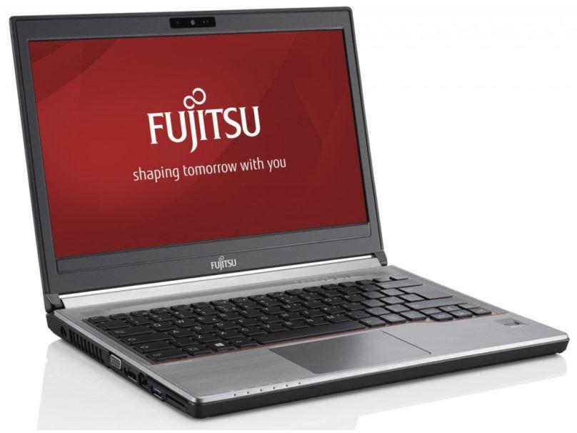 Renovovaný notebook Fujitsu Lifebook E734, stříbrný, záruka 24 měsíců