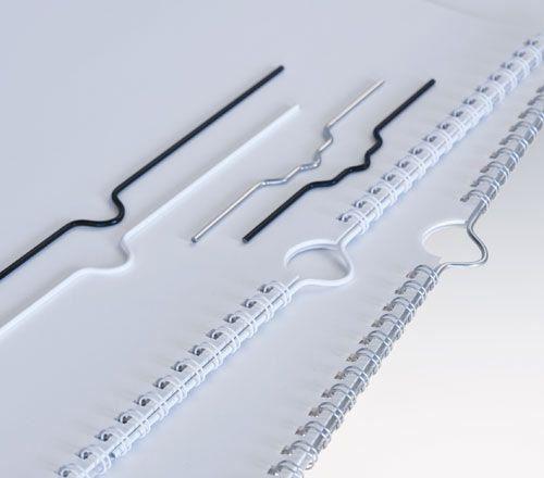 háčky 105 mm černé do kalendářové vazby